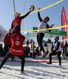 Snow_Volleyball