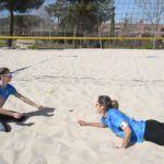 ¡Nuria y Nazaret intentan el #TaniaChallenge desde el suelo!